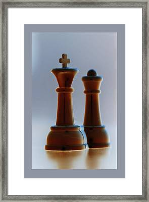 King And Queen Framed Print by Rob Hans