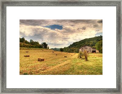 Lacy Farm Morgan County Kentucky Framed Print by Douglas Barnett