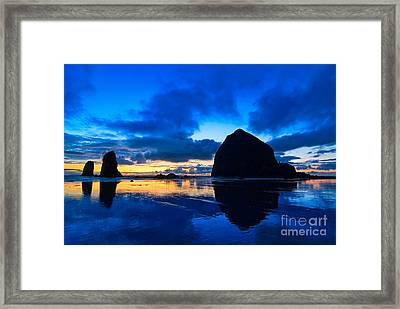 Last Light - Cannon Beach Sunset With Reflection In Oregon The Coast Framed Print by Jamie Pham