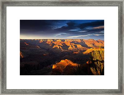Last Light In The Grand Canyon Framed Print by Andrew Soundarajan