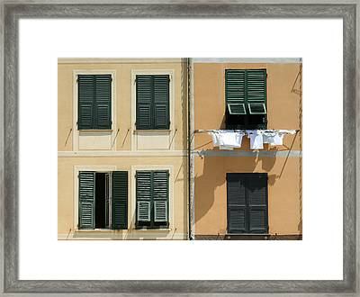 Laundry Day.. Framed Print by A Rey