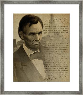 Lincoln At Gettysburg Framed Print by Ray Downing
