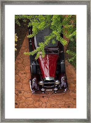 Lincoln Town Car Framed Print by Thomas Woolworth