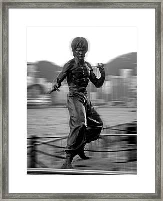 Hong Kong Framed Print featuring the photograph Little Dragon by Roberto Alamino