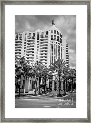 Loews Hotel On 16th Miami Beach - Black And White Framed Print by Ian Monk