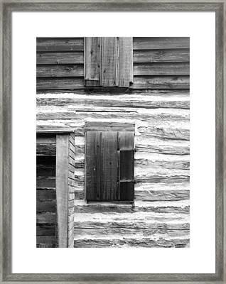 Log Cabin Walls 4 Bw Framed Print by Mary Bedy