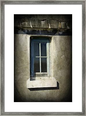 Looking Inwards Framed Print by Marilyn Wilson
