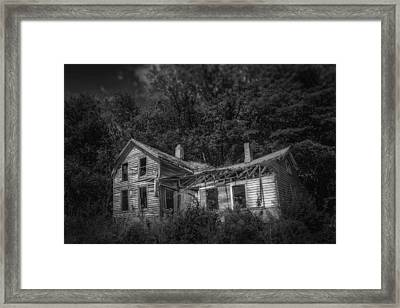 Lost And Alone Framed Print by Scott Norris