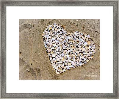 Love At The Jersey Shore Framed Print by Colleen Kammerer