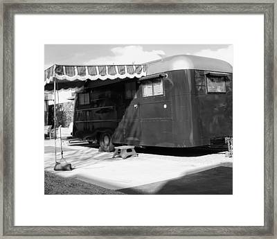 Love Shack Bw Palm Springs Framed Print by William Dey