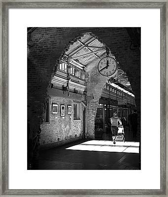 Lunchtime At Chelsea Market Framed Print by Rona Black