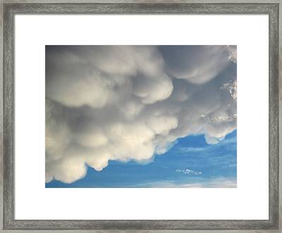 Mammatus Clouds Framed Print by Lara Ellis