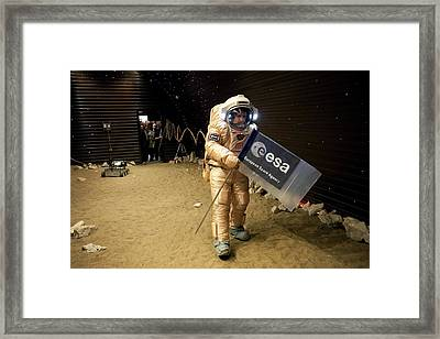 Mars-500 Landing Training Framed Print by Science Photo Library