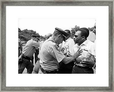 Martin Luther King Framed Print by Underwood Archives