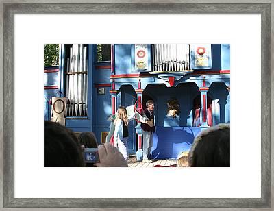 Maryland Renaissance Festival - A Fool Named O - 121215 Framed Print by DC Photographer