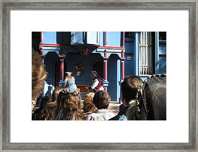 Maryland Renaissance Festival - A Fool Named O - 121221 Framed Print by DC Photographer