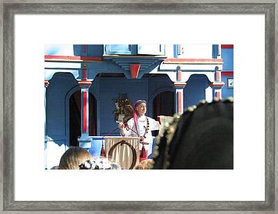 Maryland Renaissance Festival - A Fool Named O - 121224 Framed Print by DC Photographer