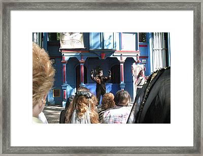 Maryland Renaissance Festival - A Fool Named O - 121229 Framed Print by DC Photographer