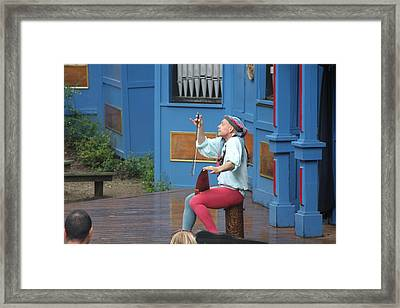 Maryland Renaissance Festival - A Fool Named O - 121232 Framed Print by DC Photographer