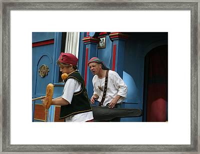 Maryland Renaissance Festival - A Fool Named O - 121248 Framed Print by DC Photographer
