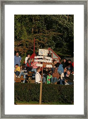 Maryland Renaissance Festival - Jousting And Sword Fighting - 12122 Framed Print by DC Photographer