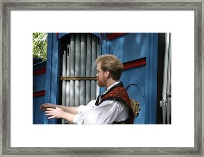 Maryland Renaissance Festival - Mike Rose - 12123 Framed Print by DC Photographer