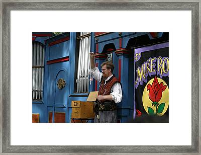 Maryland Renaissance Festival - Mike Rose - 12128 Framed Print by DC Photographer