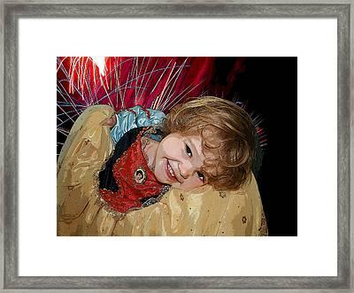Meet Snow White Framed Print by Ellen Henneke