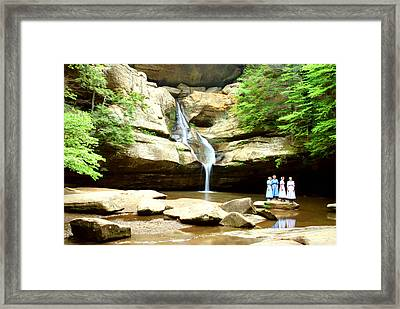 Mennonite Girls Amish Girls By Cedar Falls Framed Print by Optical Playground By MP Ray