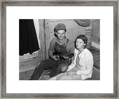 Migrant Couple, 1940 Framed Print by Granger