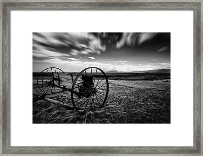 Modrudalur Framed Print by Dave Bowman