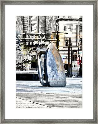 Monopoly Iron Statue In Philadelphia Framed Print by Bill Cannon