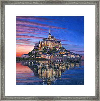 Mont Saint-michel Soir Framed Print by Richard Harpum