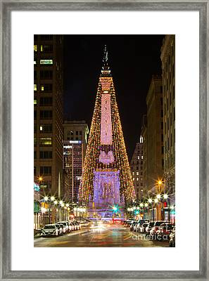 Monument Circle At Christmas Framed Print by Twenty Two North Photography