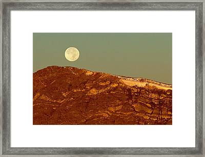 Moon Over Mount Ida Framed Print by Eric Glaser