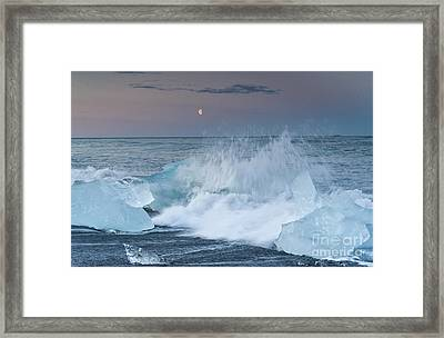 Moonrise At Jokulsarlon Iceland Framed Print by Ning Mosberger-Tang