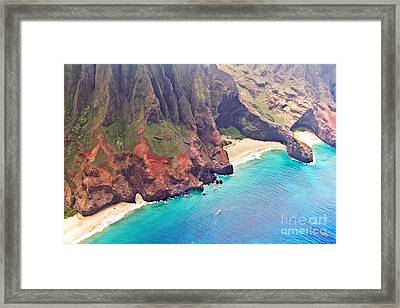 Na Pali Coast Framed Print by Scott Pellegrin