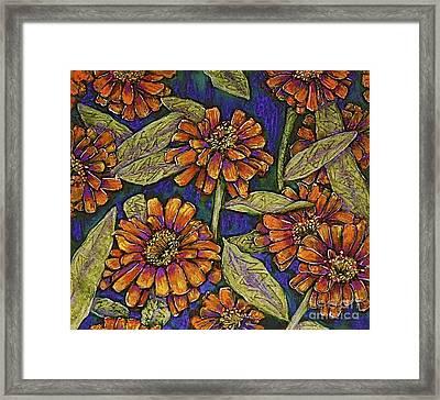 Nazinnias Framed Print by Linda Simon