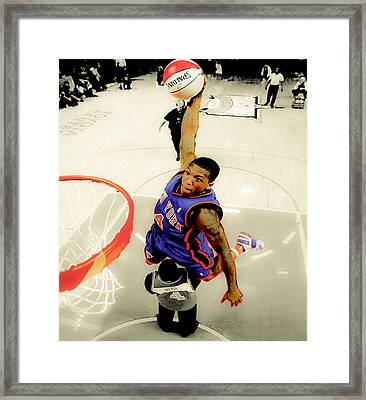 Nate Robinson Framed Print by Brian Reaves