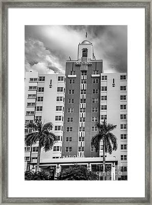 National Hotel - South Beach - Miami - Florida - Black And White Framed Print by Ian Monk