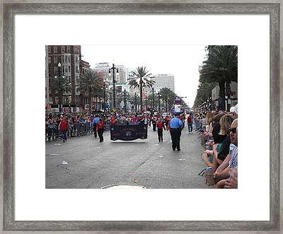 New Orleans - Mardi Gras Parades - 121225 Framed Print by DC Photographer