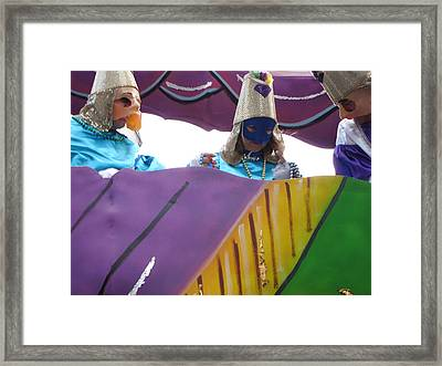 New Orleans - Mardi Gras Parades - 12128 Framed Print by DC Photographer