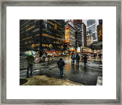 New York Dreams Framed Print by Linda Unger