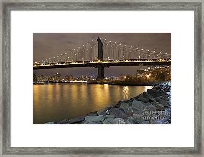 New York Nights Framed Print by Leslie Leda