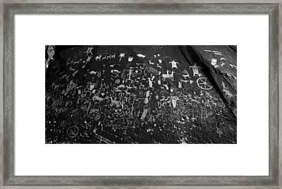 Newspaper Rock Utah Framed Print by David Lee Thompson