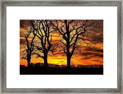 Night Approaches-1a Sunset At The Gettysburg Battlefield Framed Print by Michael Mazaika