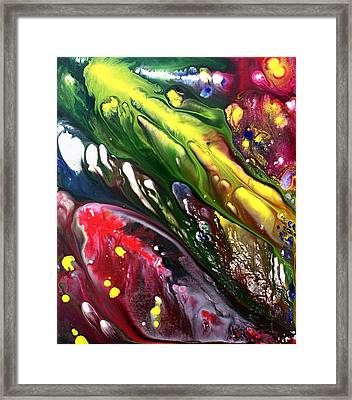 Night Of The Comet 1 Framed Print by Laura Barbosa