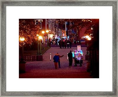 Night On The Town Framed Print by Susan Tinsley