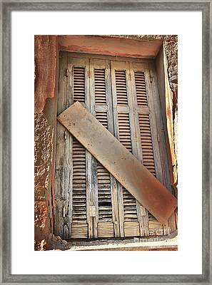 No Longer In Use.... Framed Print by Lynne Sutherland