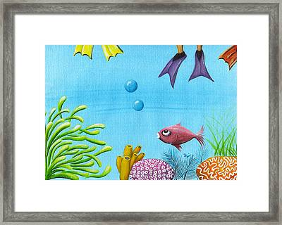 No Privacy Framed Print by Oiyee At Oystudio